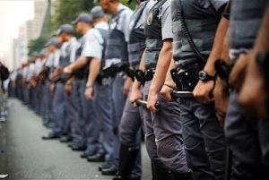 Polícia de SP, uma das mais eficientes do país, enfrenta o seu pior inimigo: a ideologia vagabunda! Ou: Imprensa, MP e Defensoria contra a PM. Quem sai ganhando?